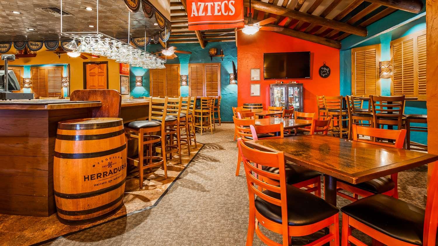 Restaurant - Best Western Plus Hacienda Hotel San Diego