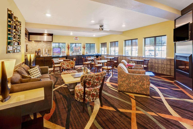 proam - Super 8 Hotel Uniontown