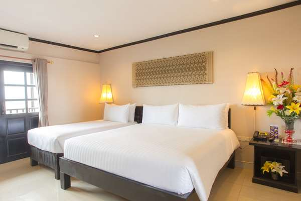 HOTEL GOLDEN TULIP ESSENTIAL PATTAYA