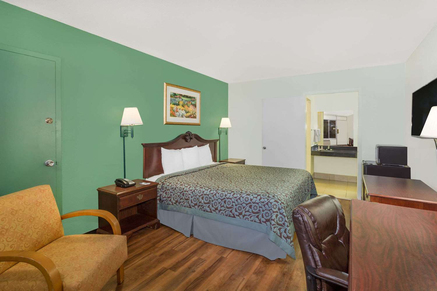 Room - Travelodge North Fort Myers