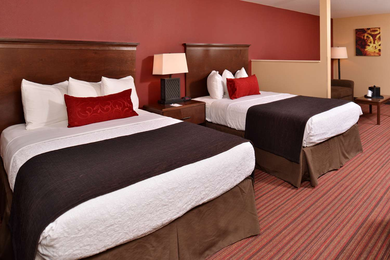 Suite - Best Western Woodland Inn
