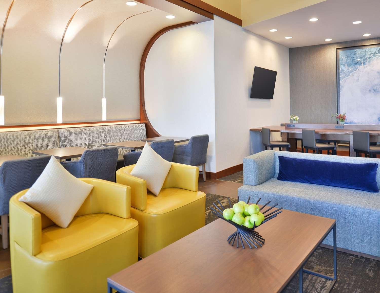 Lobby - Hyatt Place Hotel Garden City