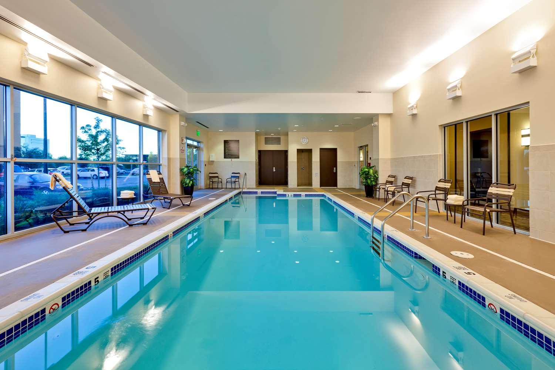 Pool - Hyatt Place Hotel Garden City
