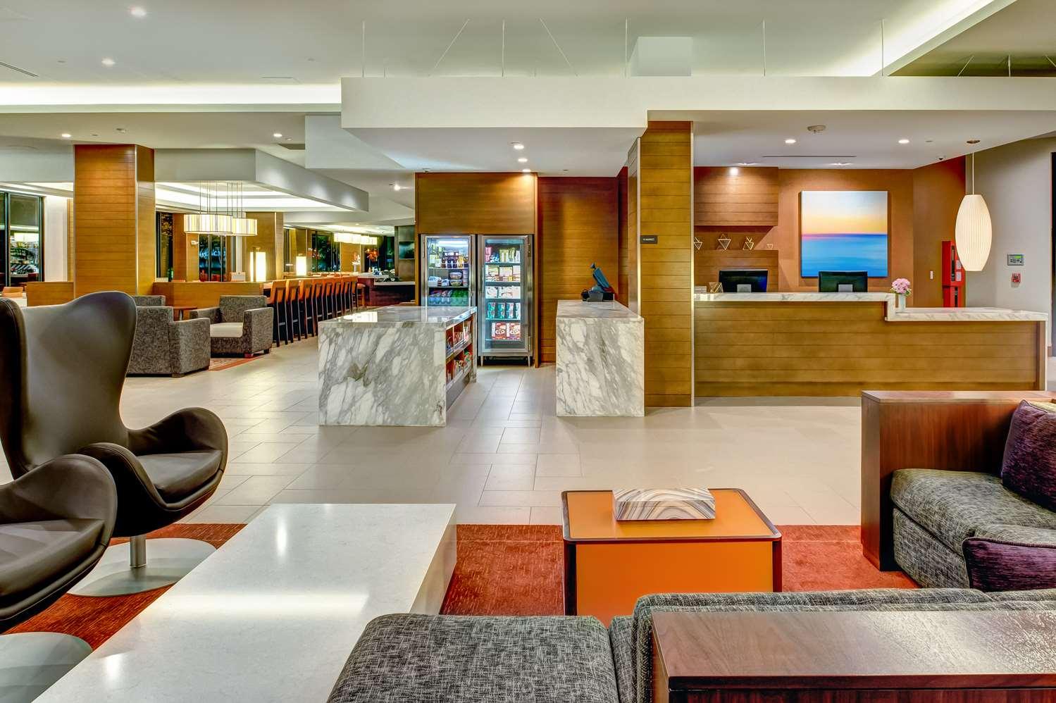 Lobby - Hyatt House Hotel Downtown Seattle