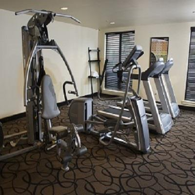 Fitness/ Exercise Room - Aspen Suites Hotel Haines