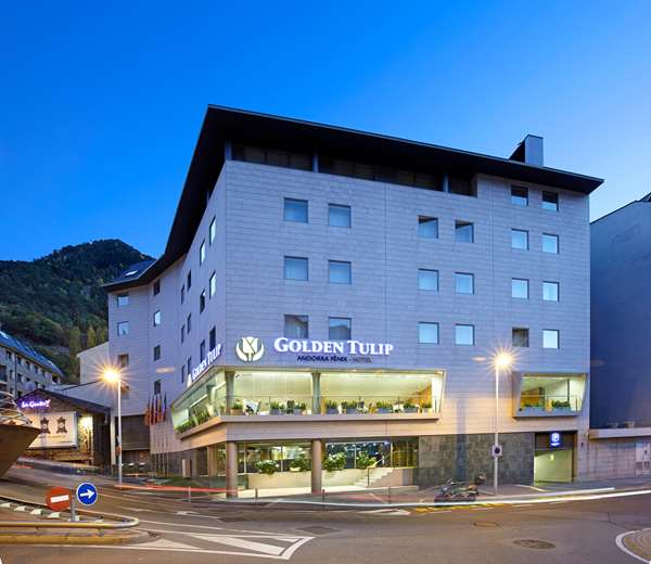View of the hotel Escaldes-engordany GOLDEN TULIP ANDORRA FENIX. The hotel includes the following equipment: Garage / covered parking available for a fee, Parking available for a fee.
