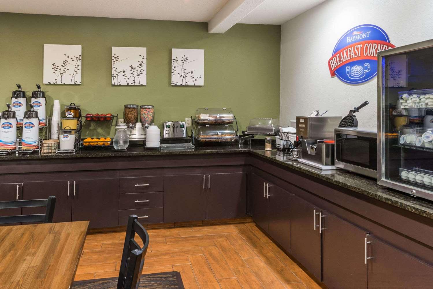 proam - Baymont Inn & Suites Pueblo