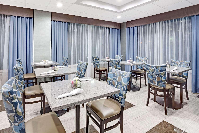 Restaurant - Wyndham Garden Hotel Executive Park Charlotte