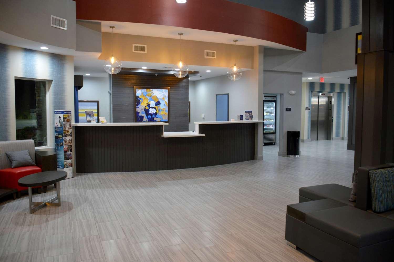 Lobby - Best Western Plus Airport Inn Shreveport