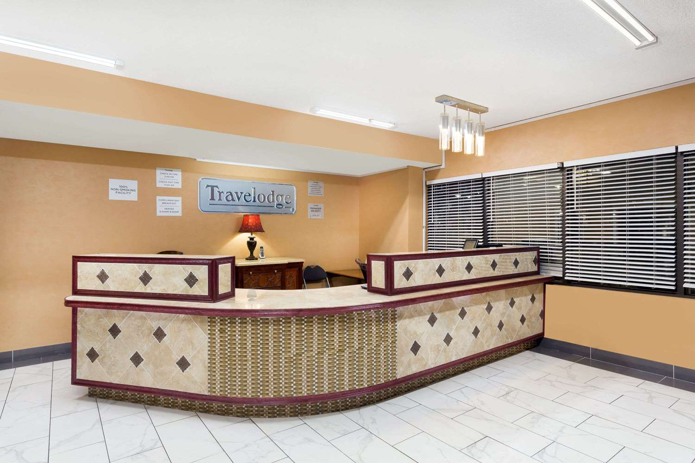 Lobby - Travelodge Reno