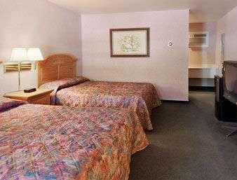 Room - Days Inn Durango