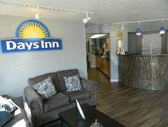 Lobby - Days Inn Durango