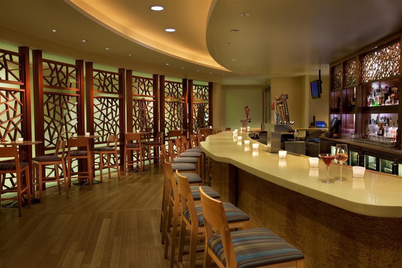 Bar - Seaport Boston Hotel