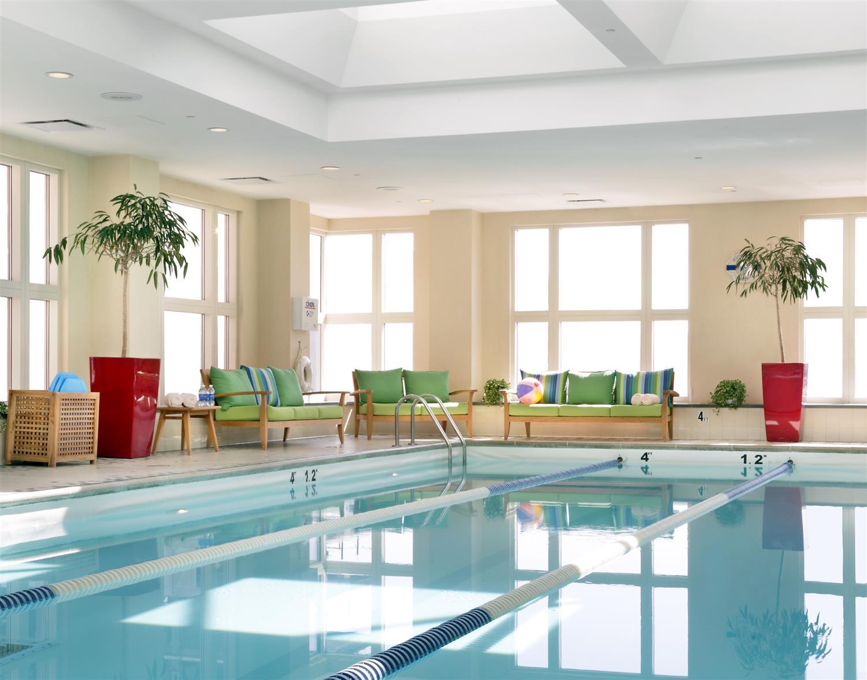 Pool - Seaport Boston Hotel
