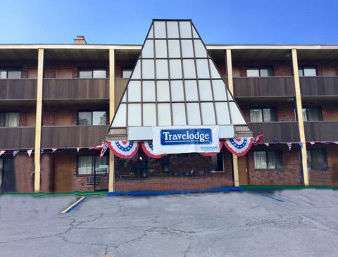 Exterior view - Travelodge Manhasset