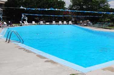 Pool - Lancaster Family Resort