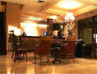 Lobby - Howard Johnson Hotel Sioux City