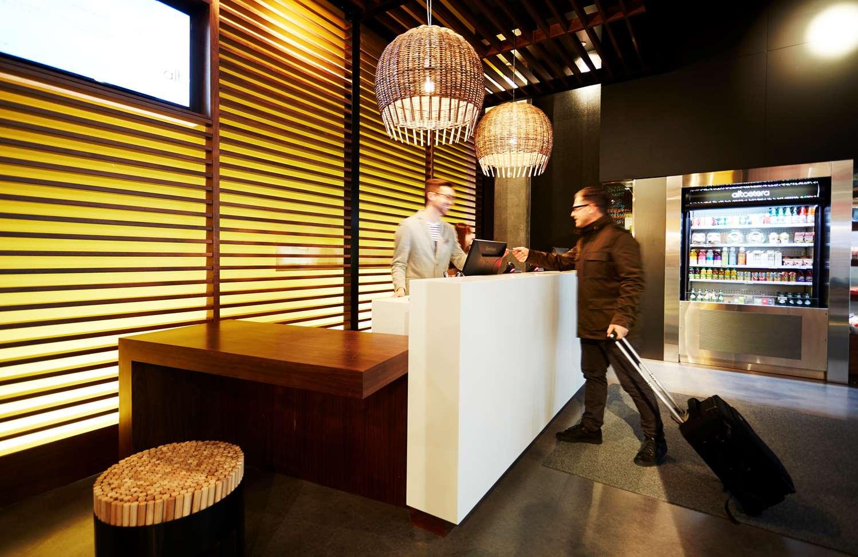 Lobby - Alt Hotel Winnipeg