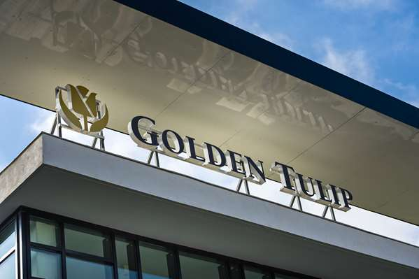 Hotel GOLDEN TULIP MARSEILLE AIRPORT