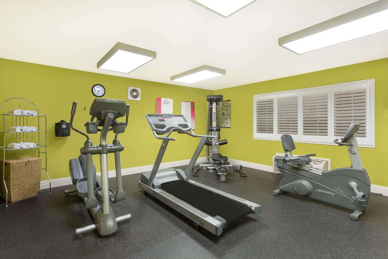 Fitness/ Exercise Room - Baymont Inn & Suites Modesto