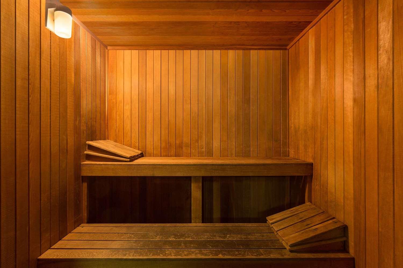 Spa - Baymont Inn & Suites Modesto