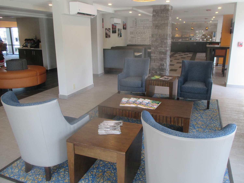 Lobby - Best Western Plus Bowling Green Hotel