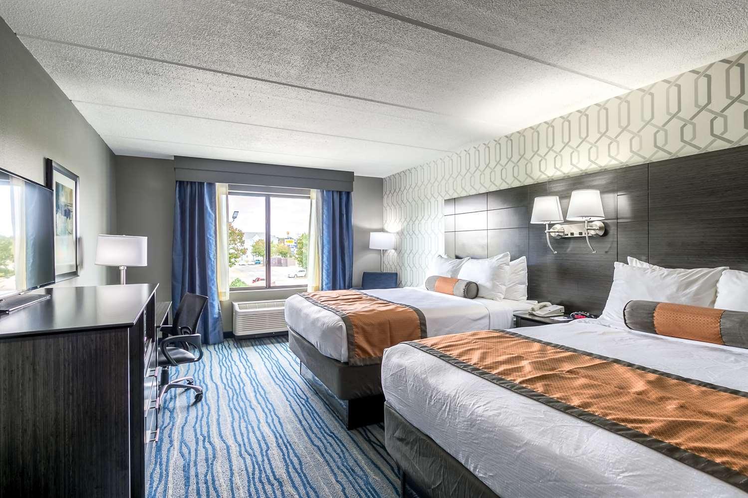 Room - Best Western Plus Bowling Green Hotel