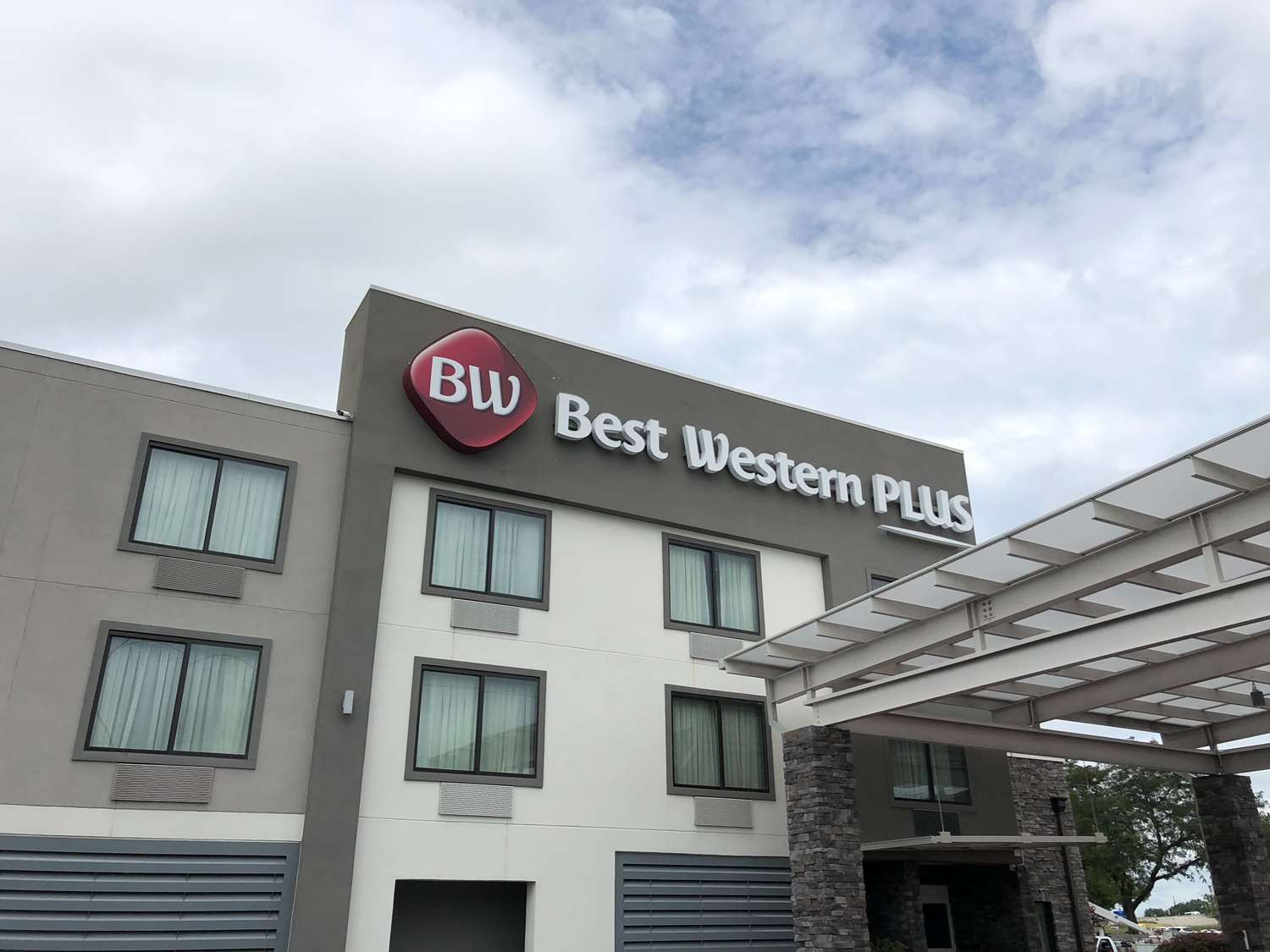 Exterior view - Best Western Plus Bowling Green Hotel