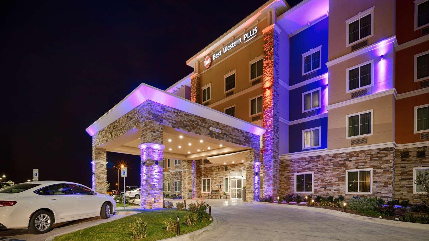 BEST WESTERN® PLUS TECH MEDICAL CENTER INN - Lubbock TX ...