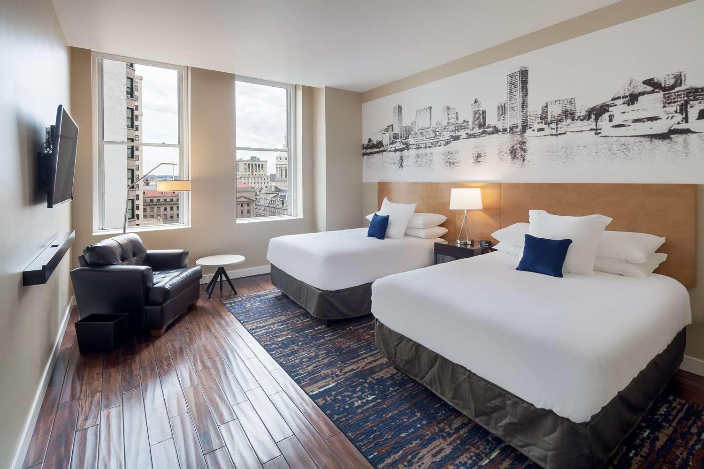 Room - Hotel RL Inner Harbor Baltimore
