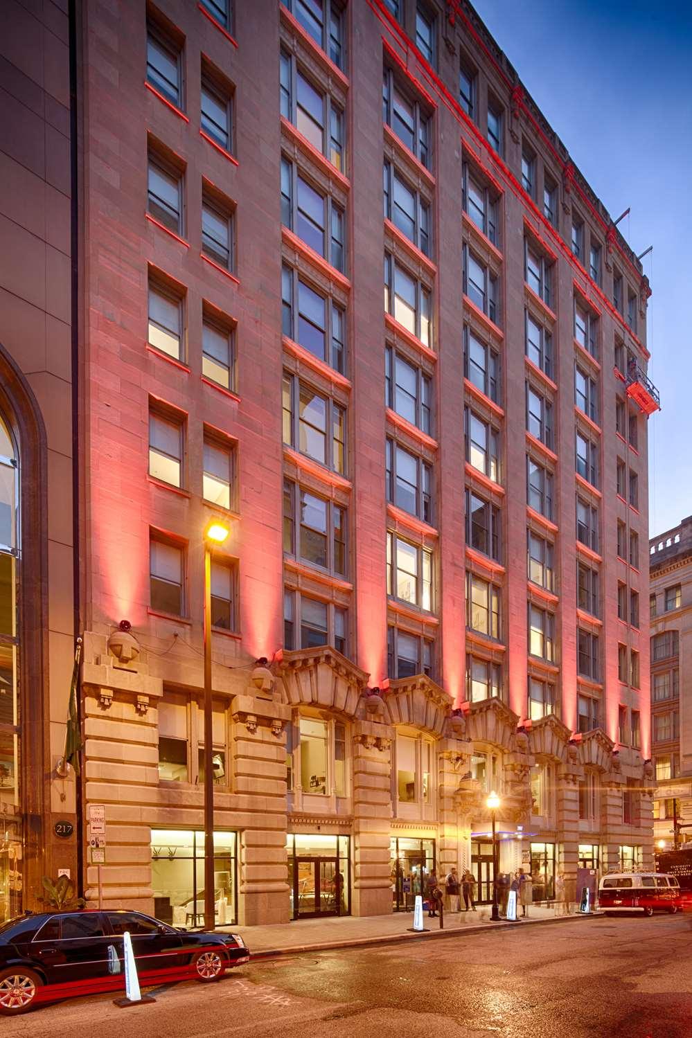 Exterior view - Hotel RL Inner Harbor Baltimore