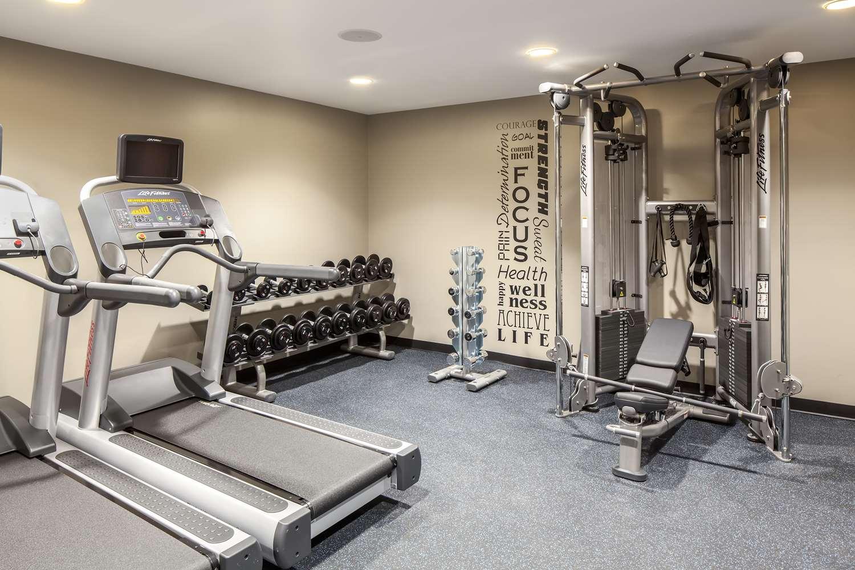 Fitness/ Exercise Room - Hotel RL Inner Harbor Baltimore