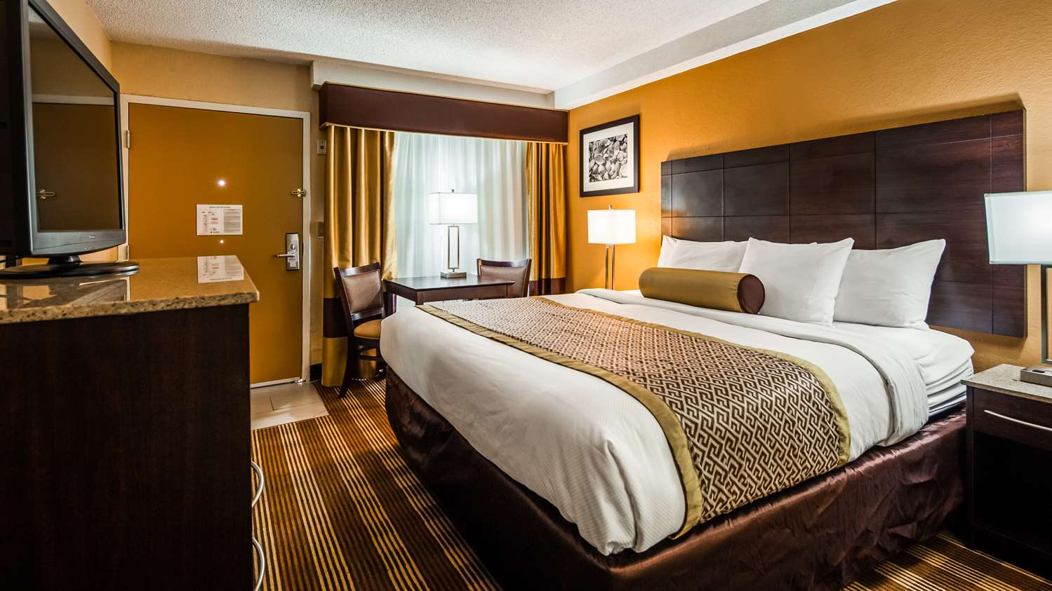 Room - Best Western Cape Cod Hotel Hyannis