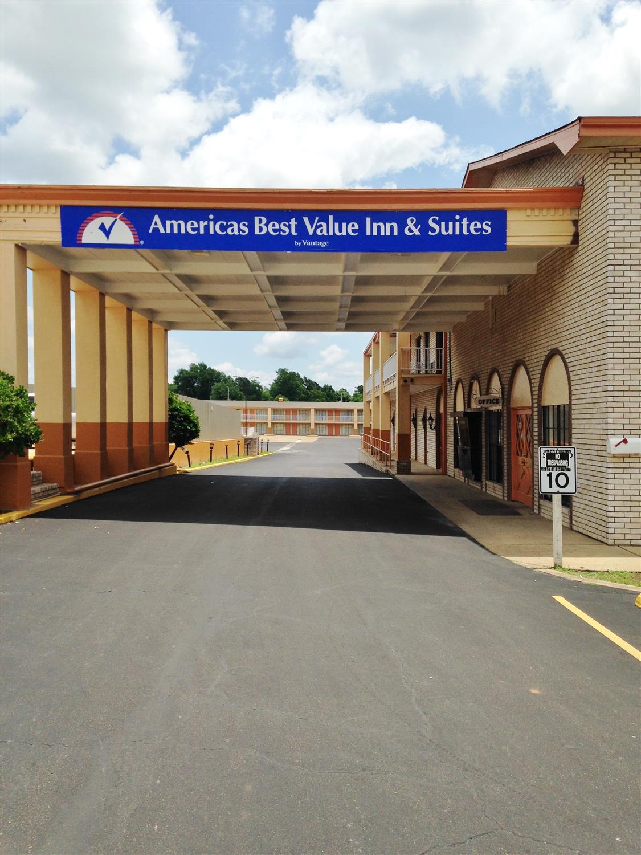 Exterior view - Americas Best Value Inn Texarkana
