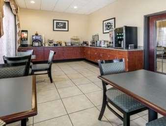 Restaurant - Days Inn Salado