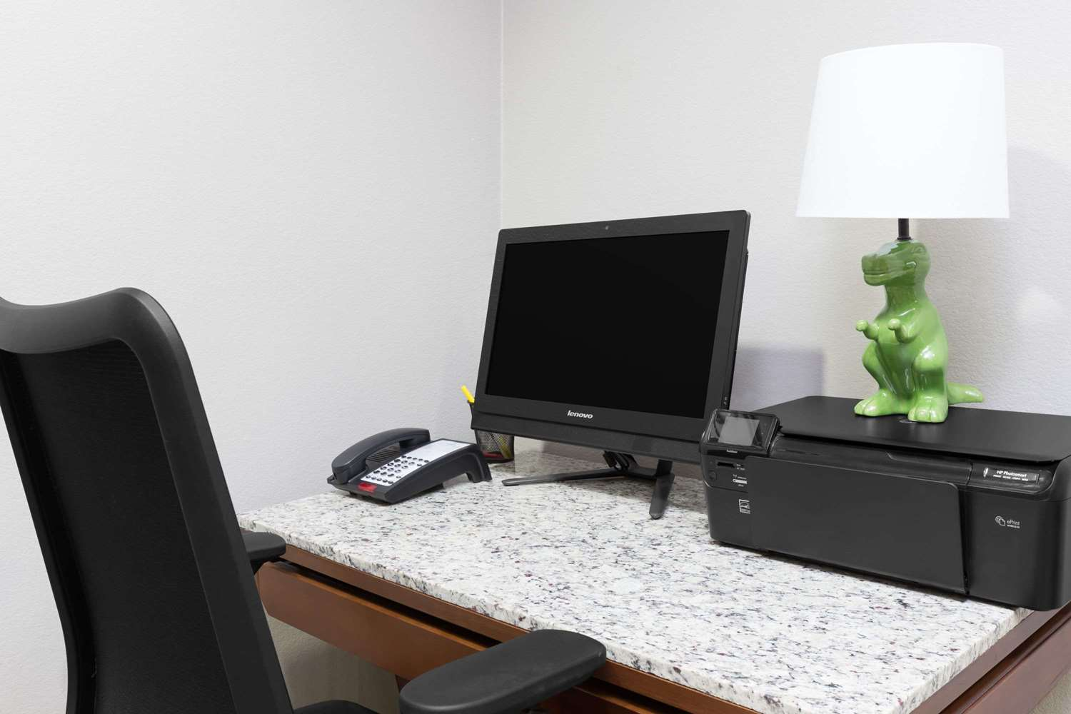 Conference Area - Days Inn & Suites Madisonville