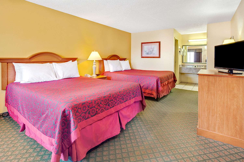 Room - Days Inn Boerne