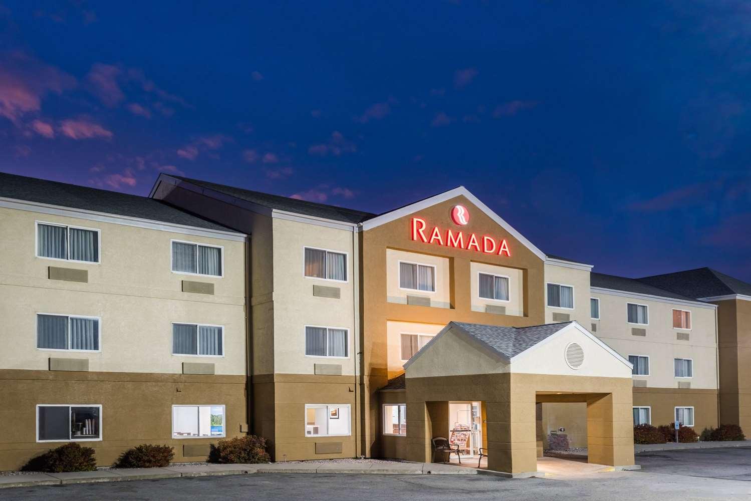 Exterior view - Ramada Hotel Coeur d'Alene