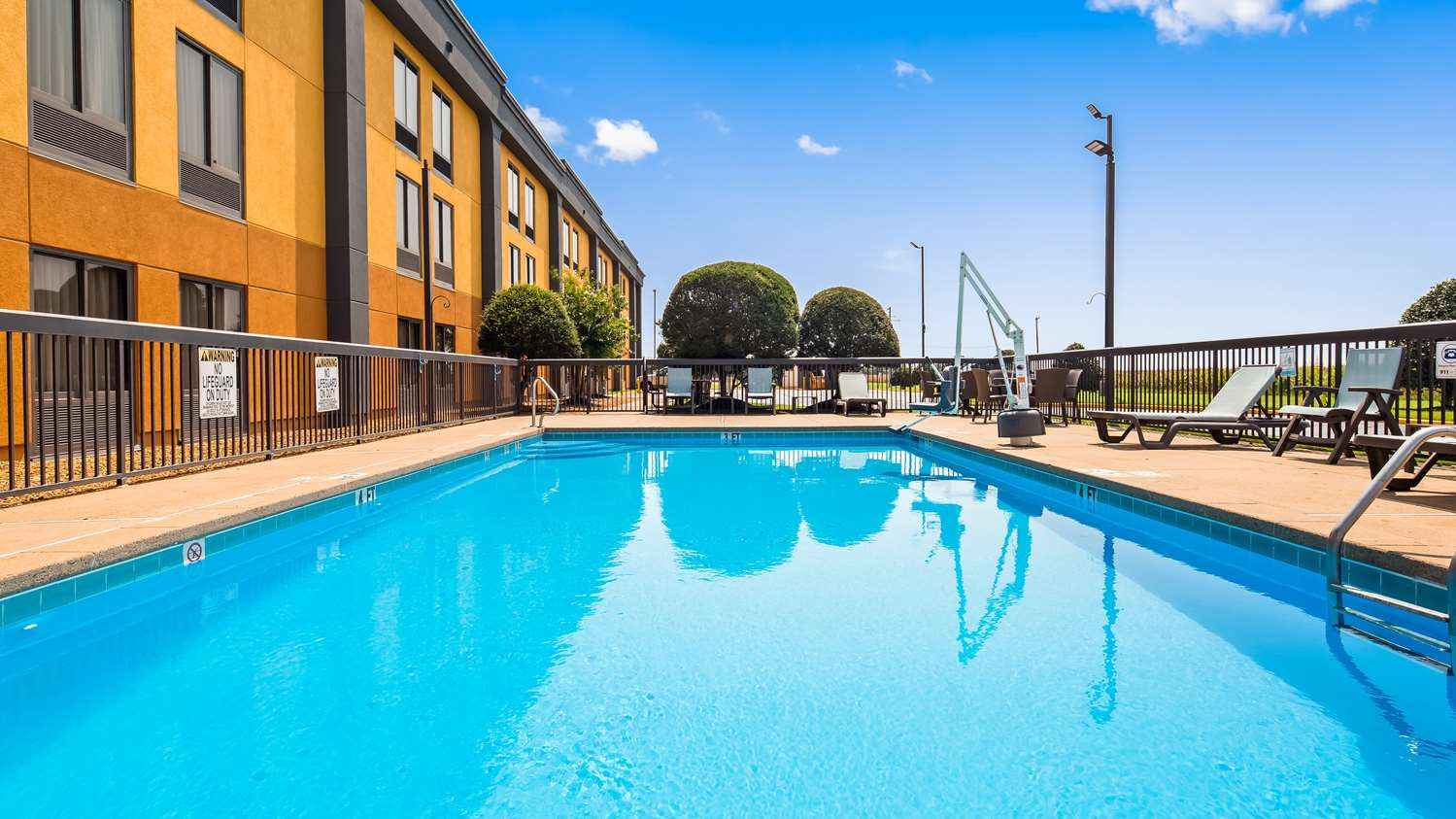 Pool - Best Western Tunica Resort Robinsonville