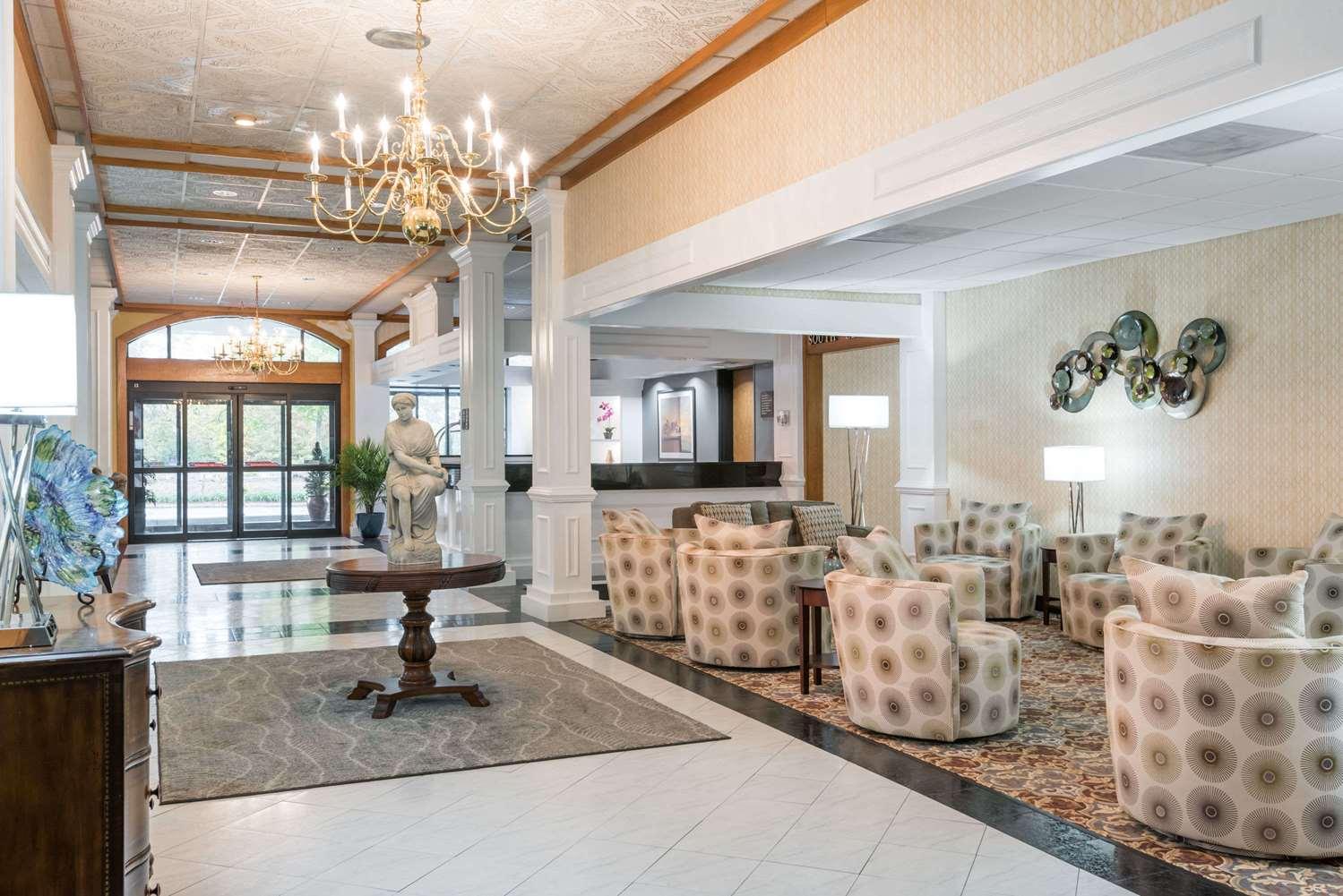 Wyndham Garden Hotel Busch Gardens Williamsburg Va See Discounts