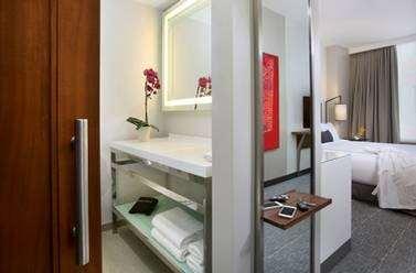 Room - Godfrey Hotel Boston