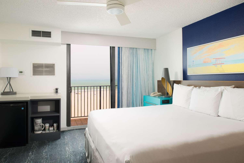 Room - Bilmar Beach Resort Treasure Island