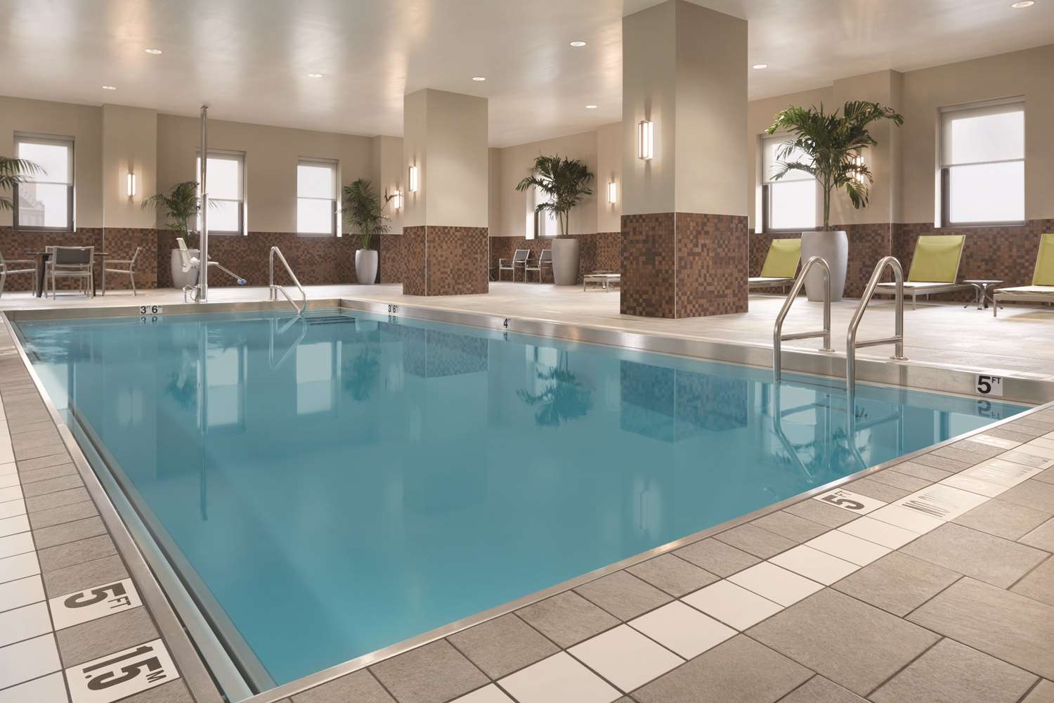 Pool - Embassy Suites Downtown Pittsburgh