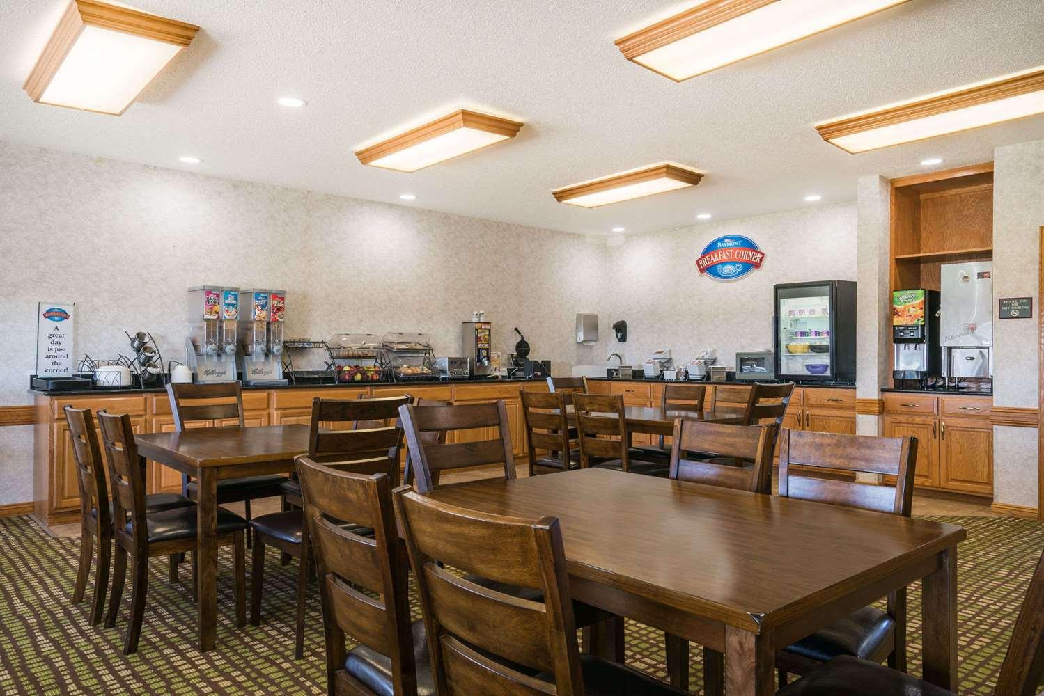 proam - Baymont Inn & Suites Albany