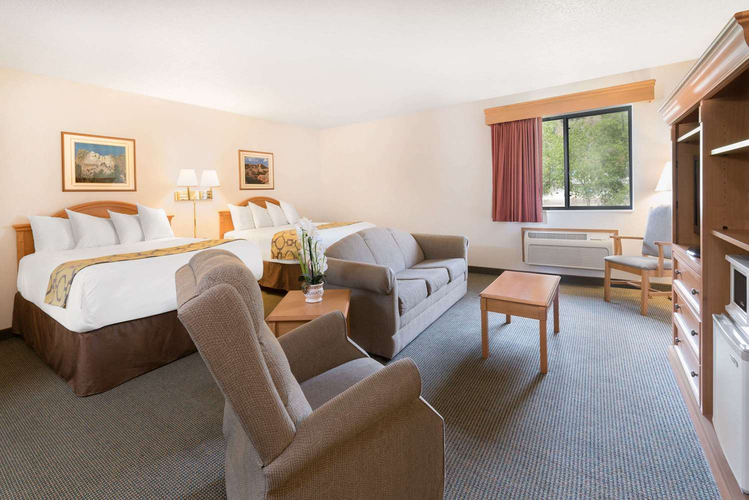 boyes hot springs chat rooms Boyes hot springs online hotel booking - viamichelin book your hotel room in boyes hot springs with viamichelin our partners allow you to book online your hotel, bed and breakfast or apartment in boyes hot springs.