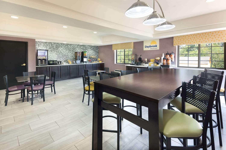 proam - Days Inn & Suites Union City