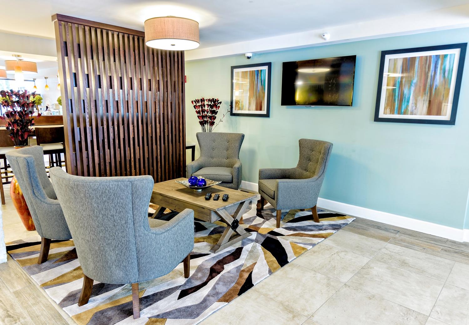 Lobby - Best Western Ocean Breeze Inn Hilton Head Island