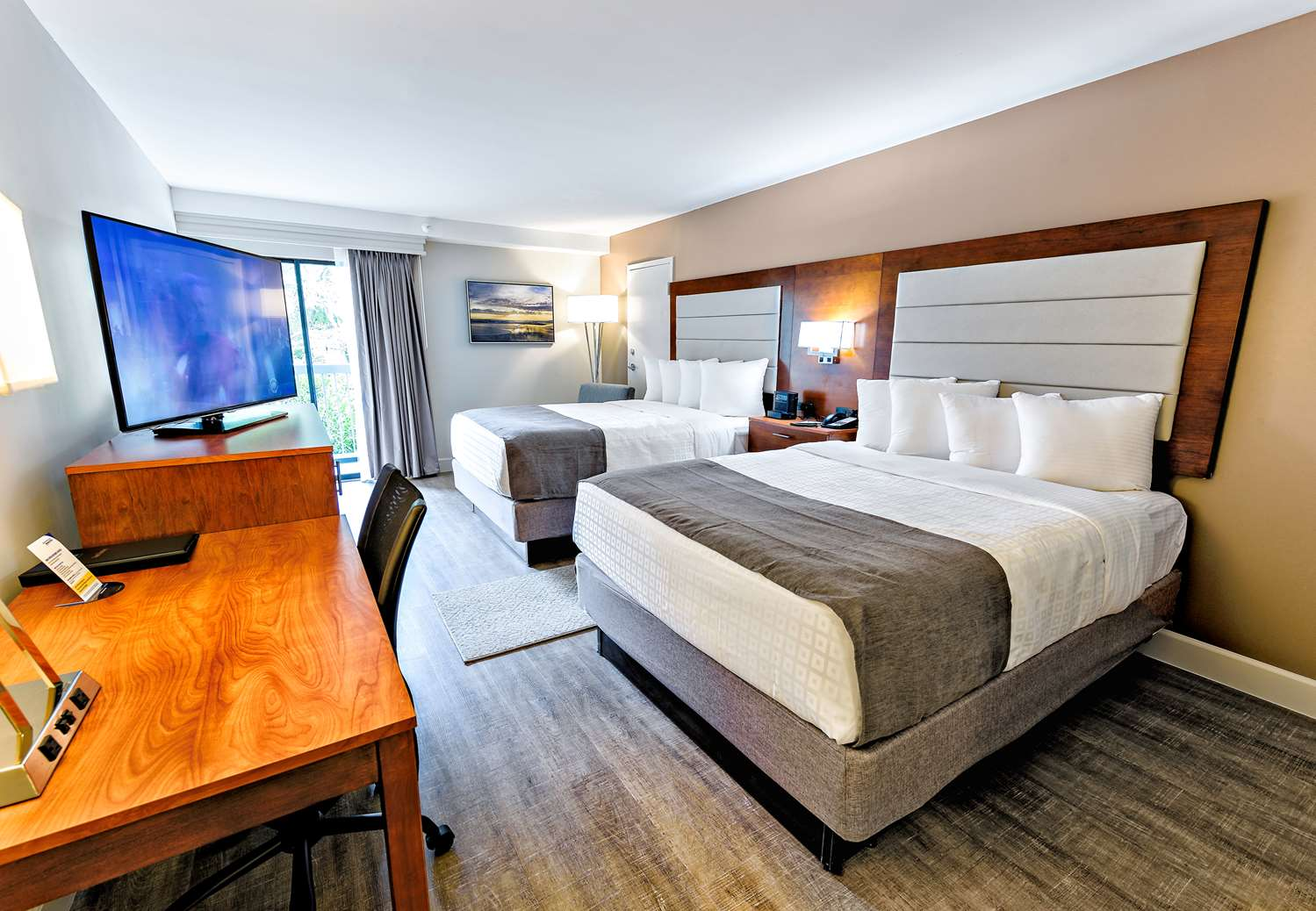 Room - Best Western Ocean Breeze Inn Hilton Head Island