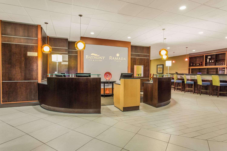 Lobby - Baymont Inn & Suites Fayetteville