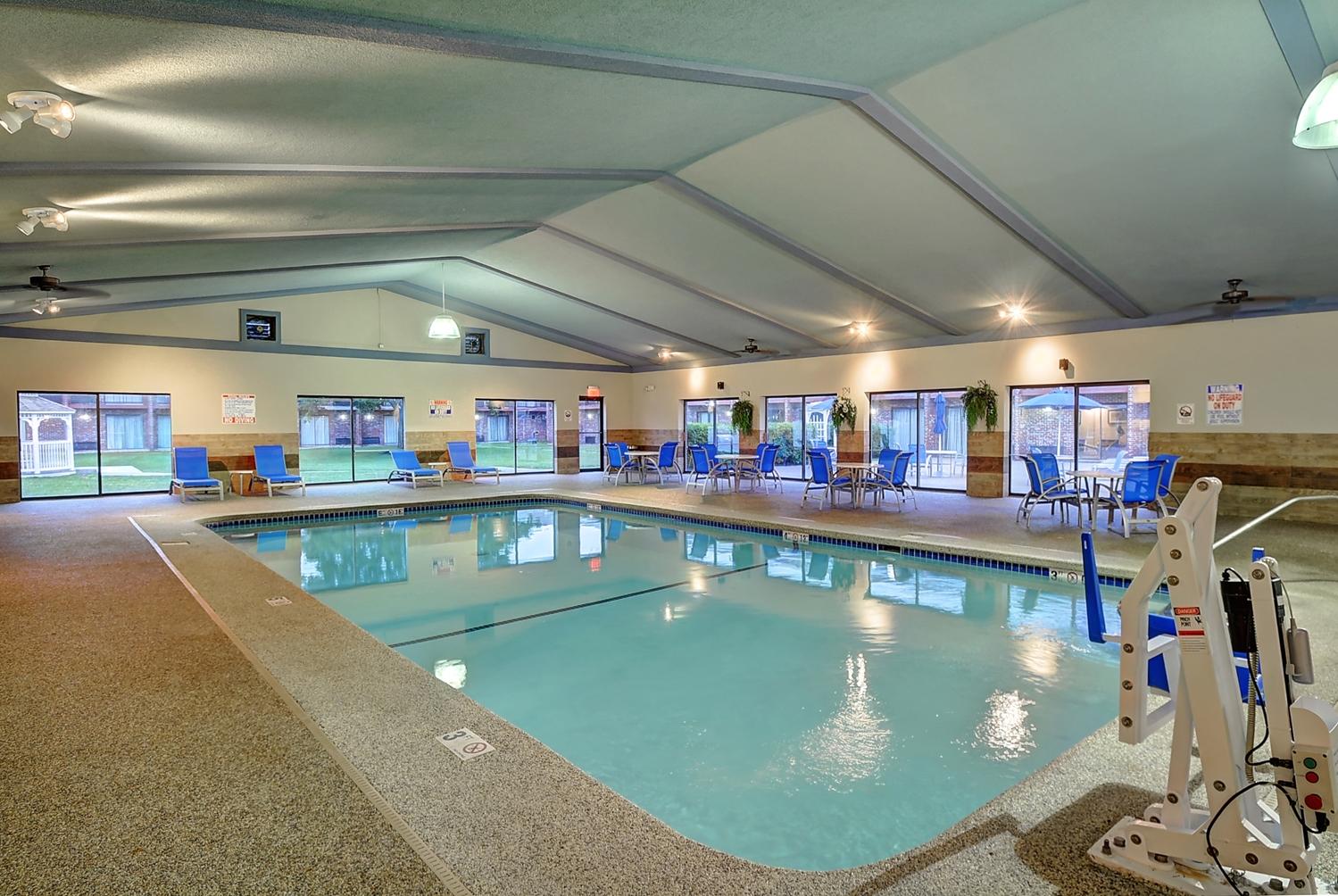Pool - Best Western Plus Sovereign Hotel Keene